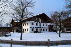 Ferienwohnung Baumgarten 33, Baumgarten 33, 83236, Übersee