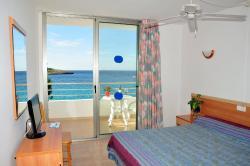 S'Arenal Apartments, Calle Sa Descuberta 42, Cala Portinatx, 07810, Portinatx