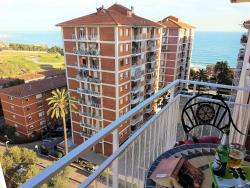Helena Seaview & Beach-apartment, 8 Rambla Turó, 08390, Montgat