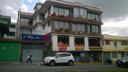 Water Palace, Avenida la Ecuatoriana Oe 5 -94, 170140, La Cocha