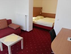 Hotel Wirt im Feld, Ennser Straße 99, 4407, Dietach