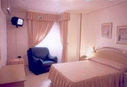 Hotel Restaurante Santos, Almazara, 11, 30140, Santomera