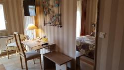 L'Amphitryon, 2 Rue De Daon, 53200, Coudray