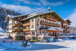 Hotel Taxerhof, Taxerweg 5, 5550, Radstadt