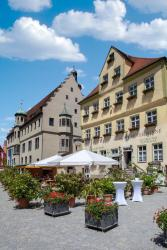 Kaiserhof Hotel Sonne, Marktplatz 3, 86720, Nördlingen