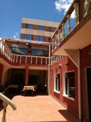 Vargas Hotel, Chuquisaca 77 Chuquisaca street, 9999, Tupiza