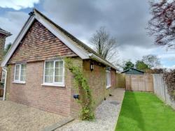 Riverside Cottage,  TN256NU, Mersham