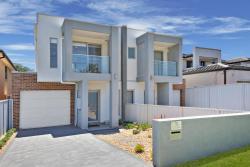 Villa Merrylands Sydney, 7 Wanda Street, 2160, Blacktown