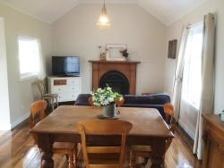 Robin Hoods Well Farm Stay, 8108 Bass Hwy, 7307, Sassafras