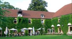 Hôtel La Gentilhommière, 2 rue de l'Eglise, 59269, Artres