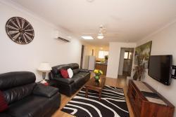 Central Wagga Apartment, 5/5 Langdon Avenue, 2650, Wagga Wagga