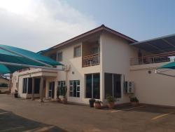 Cactus Inn, Plot 577, Tlokweng Road, Gaborone ,, Tlokweng