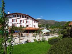 Hotel Eskualduna Chez Katina, Route de la Gare, 64780, Saint-Martin-d'Arrossa