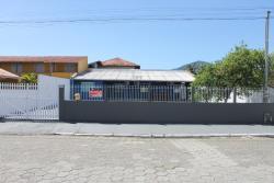 Casa Azul 255, Rua Leonor Baron, 255, 88210-000, Porto Belo