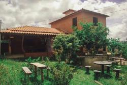 Pouso da Borboleta Hostel & Restaurante, Rua direita, 20 Casa , Milho Verde, 39150-000, Milho Verde