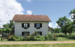 Two-Bedroom Holiday Home in Lisko Lesce,  53224, Klanac