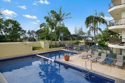Seaview Resort, 143 Mooloolaba Esplanade, 4557, Mooloolaba