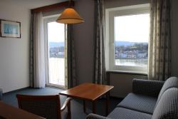 Hotel-Restaurant Faustschlössl, Oberlandshaag 72, 4101, Feldkirchen an der Donau