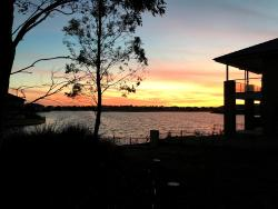 Henrrison Sanctuary Lakes House, 39 Spinnaker Rise, 3030, Point Cook