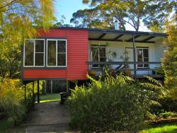 Finisterre Beach House, 52 Ross Avenue, 2539, Narrawallee
