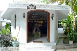 Hibiscus Guesthouse - Haiti, Village Theodat Rue 2 #3,, Tabarre