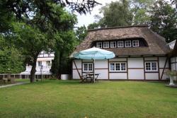 Aparthotel Garni Waldwiese, Waldstr. 10-12, 24321, Hohwacht