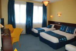 Comfort Hotel Cathedrale Lisieux, 67, rue Henry Cheron, 14100, Lisieux