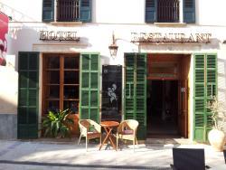 Petit Hotel Sa Plaça, Plaza Ramón Llull, 4, 07520, Petra