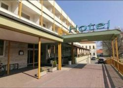 Hotel Atrium, Zámocká 1, 90101, Malacky