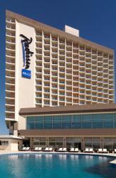 Al Mahary Radisson Blu Hotel, Tripoli, Al Fatteh Street, The Corniche, 91781, トリポリ