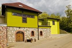 Penzion Vinařství Hanuš, Měnínská 40, 664 56, Blučina