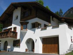 B&B Chesa Flurina, Austrasse 1, 7249, Klosters Serneus