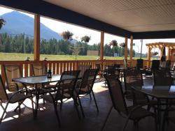 The Kanata Inns Invermere, 8888 Arrow Road, V0A 1K2, Invermere