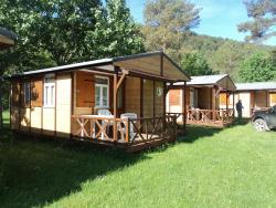 Camping Pirinenc, Carretera de Gombren, Km. 3 , 17530, Campdevánol