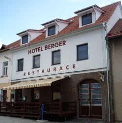 Hotel Berger, Palackeho 73, 39470, Kamenice nad Lipou