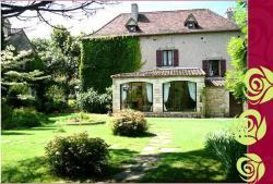 Maison d'Hotes Le Clos de la Roseraie, Le Bourg, 46330, Saint-Martin-Labouval