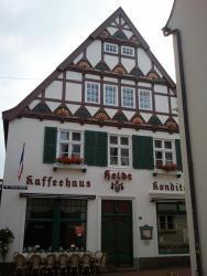 Kaffeehaus und Konditorei Heldt, Sankt-Nikolai-Str. 1, 24340, Eckernförde