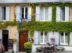 Hôtel Les Templiers, 6, place de la comporte, 65120, Luz-Saint-Sauveur