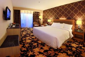 Grand Rocky Hotel Bukittinggi   picture