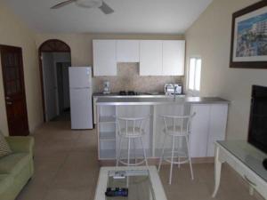 Nhà bếp/bếp nhỏ tại Salina Cerca Apartments