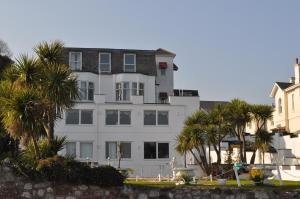 Waters Edge Hotel Torquay