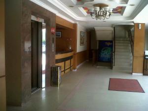 Indah Hotel