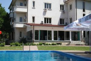Hotel Paradis - Image1