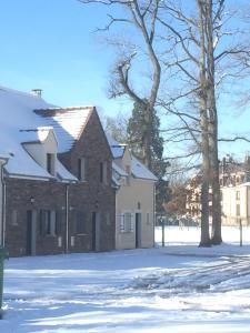 Château de Montlieu-Résidence & Spa La Cour du Chateau خلال فصل الشتاء