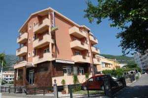 Garni Hotel Fineso Budva