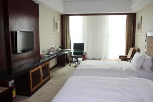 Room photo 9 from hotel Day Sun Ritz International Hotel