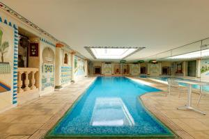Hotel Pictures: Amphore du Berry, Saint-Amand-Montrond