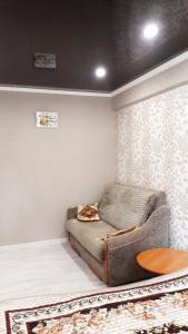 Una cama o camas en una habitación de Квартира в центре Пятигорска