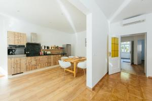 مطبخ أو مطبخ صغير في The newPAST Apartments