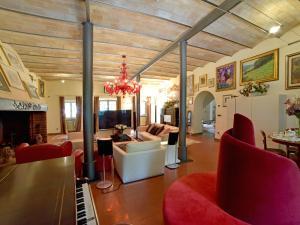 La sala de estar o bar de Villa Gioia